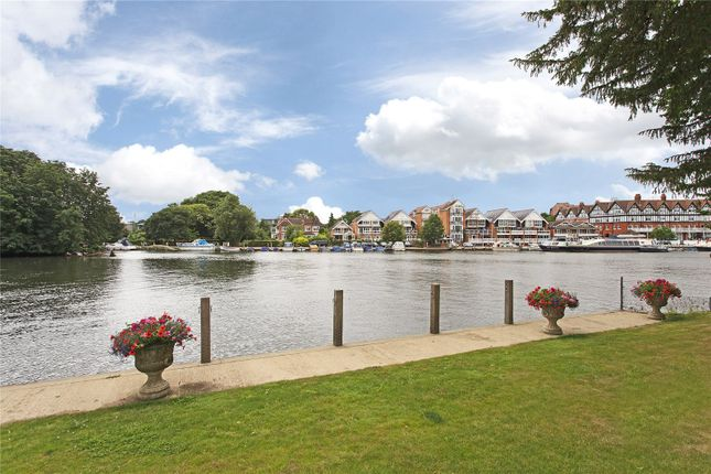 Thumbnail Flat to rent in Boathouse Reach, Henley-On-Thames, Oxfordshire