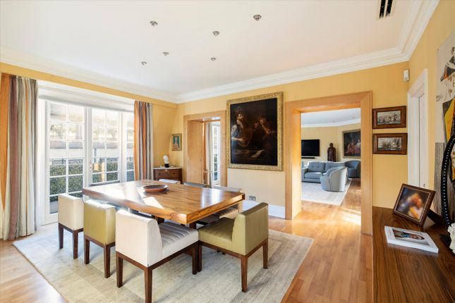 Thumbnail Flat for sale in St James's Street, St James's, London
