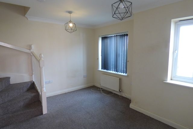 Thumbnail Semi-detached house to rent in Isca Road, St. Thomas, Exeter