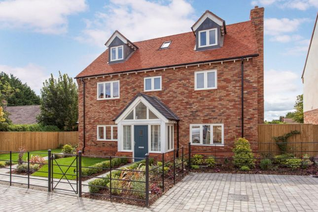 Thumbnail Detached house for sale in Brightwell-Cum-Sotwell, Wallingford