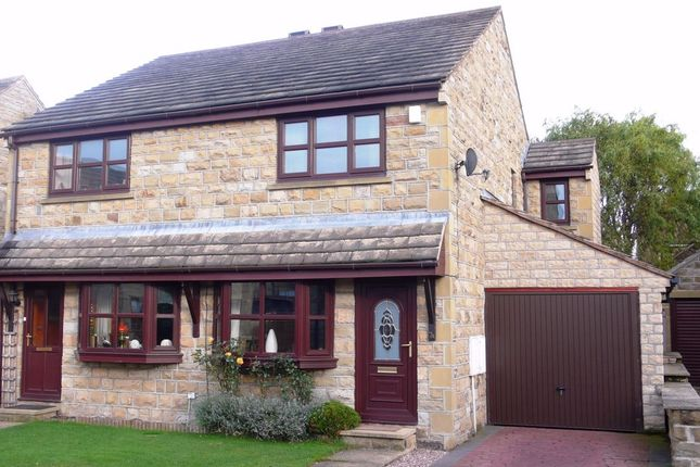 Thumbnail Semi-detached house to rent in Pack Horse Close, Clayton West, Huddersfield