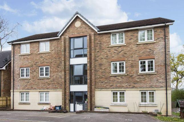2 bed flat for sale in Westfield Gardens Newport NP20 43797246