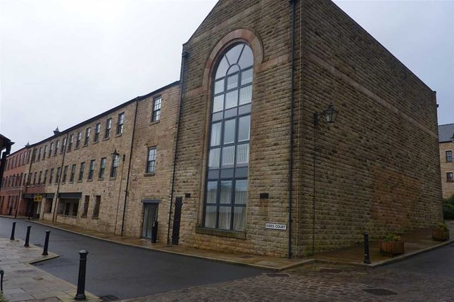 Thumbnail Flat to rent in Kiers Court, Horwich, Bolton