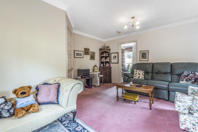 597650 (4) of Thornleas Place, East Horsley, Leatherhead KT24