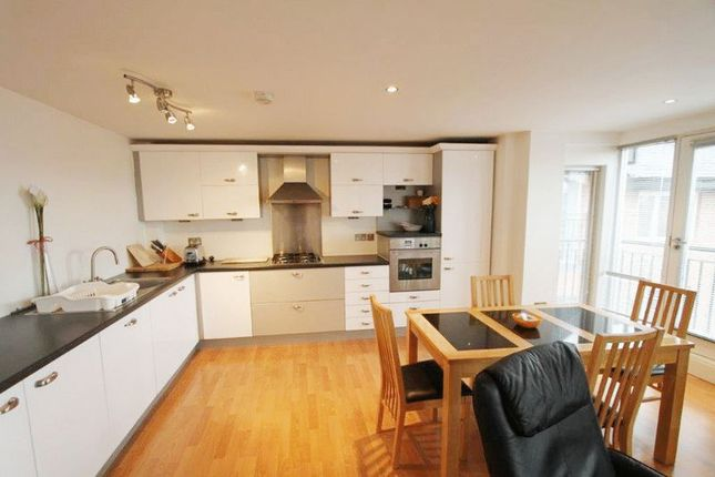 Thumbnail Flat to rent in Commonhall Street, Chester
