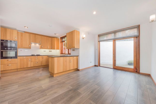 Thumbnail Terraced house to rent in Castellain Road, Maida Vale