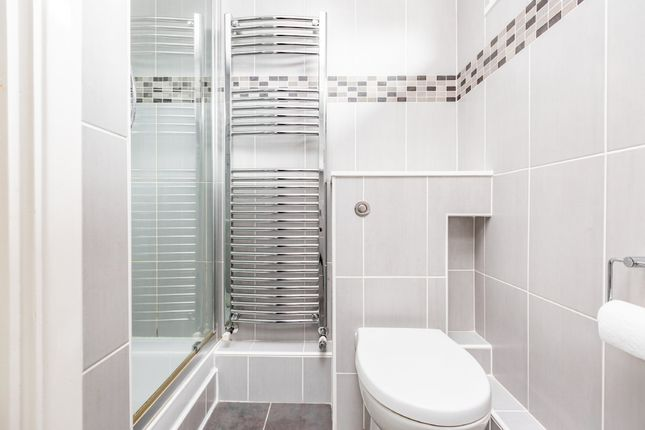 Shower Room of Dickens Close, Hartley, Longfield DA3