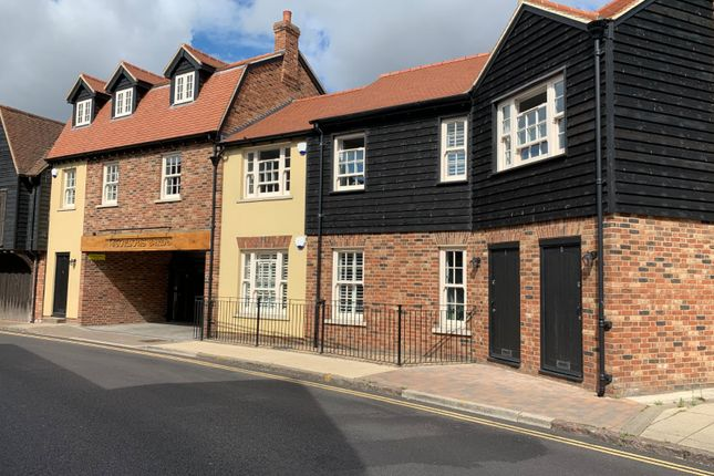 Picture No. 14 of Gordons Yard, East Street, Rochford, Essex SS4