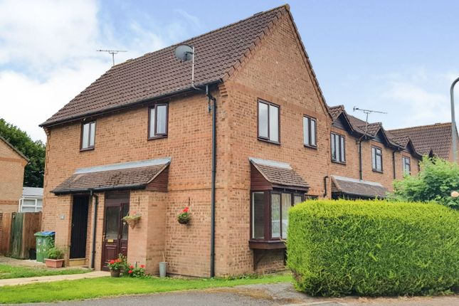 Thumbnail Property for sale in Parslow Close, Hawkslade, Aylesbury