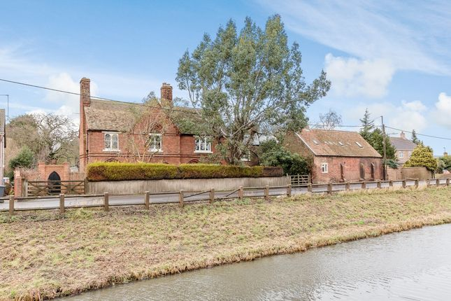 Thumbnail Detached house for sale in Rectory Road, Outwell, Cambridgeshire, Cambridge, Cambridgeshire