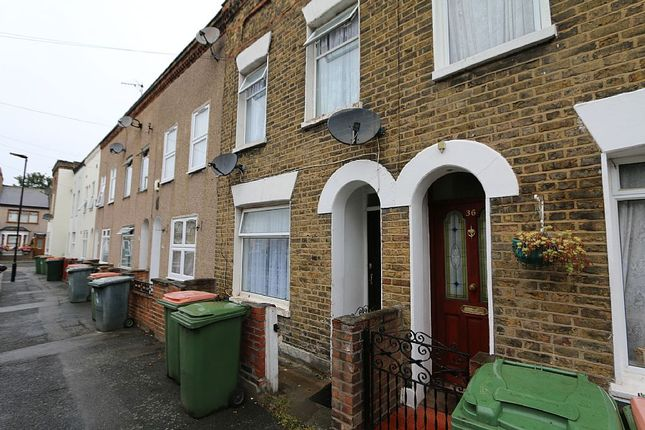Thumbnail Terraced house for sale in Garfield Road, London, London