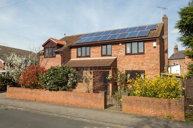 4 bed detached house for sale in Elms Close, Riccall, York YO19
