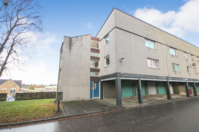 Main Picture of Gordon Place, Camelon, Falkirk FK1