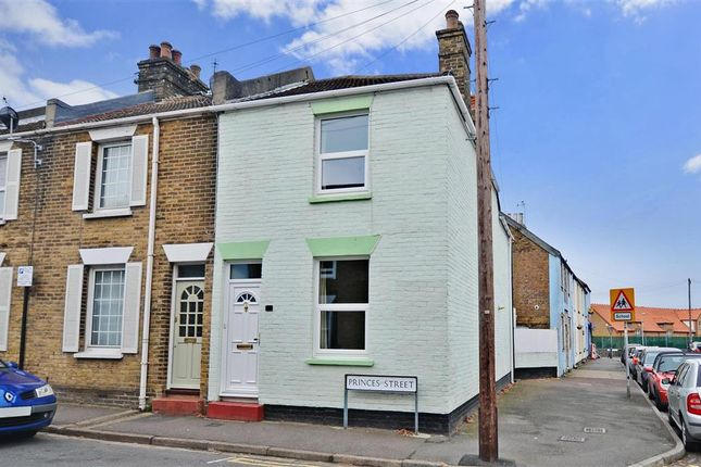 3 bed end terrace house for sale in Princes Street, Deal, Kent