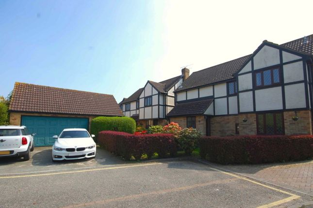 Thumbnail Detached house for sale in Woodland Close, Hatfield Peverel, Chelmsford