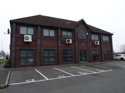 Thumbnail Office to let in 1, 3 & 5, Salisbury House, Wheatfiled Way, Hinckley, Leicestershire