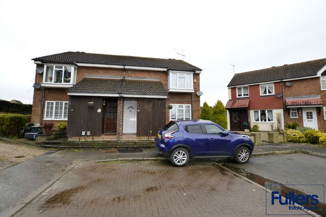 Maisonette for sale in Cranleigh Close, Waltham Cross