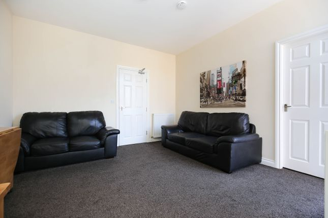 Thumbnail Maisonette to rent in Lonsdale Terrace, Jesmond, Newcastle Upon Tyne