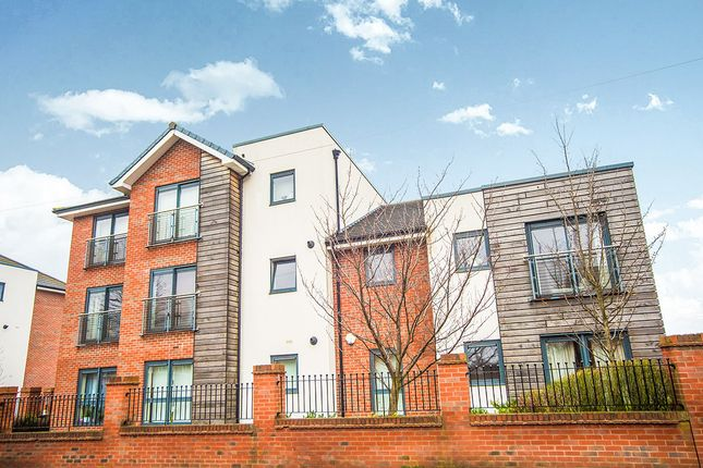 Thumbnail Flat to rent in Mere Lane, Armthorpe, Doncaster