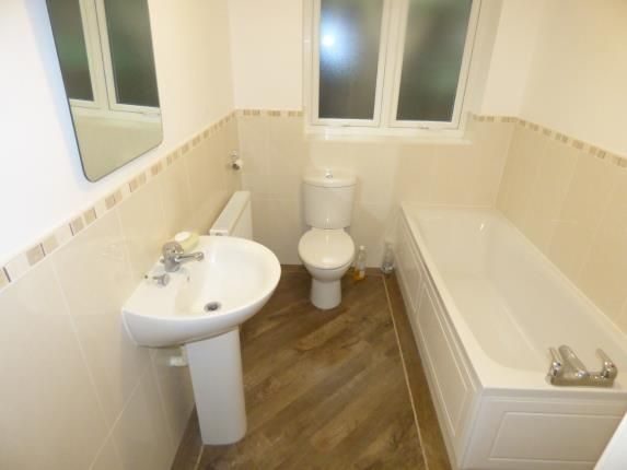 Bathroom of Claridge Court, 4A Wennington Road, Southport, Merseyside PR9