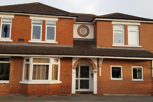Thumbnail Flat to rent in Oxford Road, Swindon