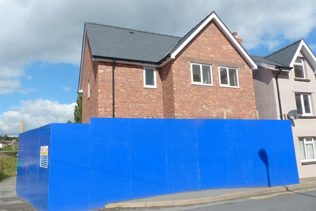 Thumbnail Detached house for sale in Plas Newydd, Brecon Road, Builth Wells, 3Eb.