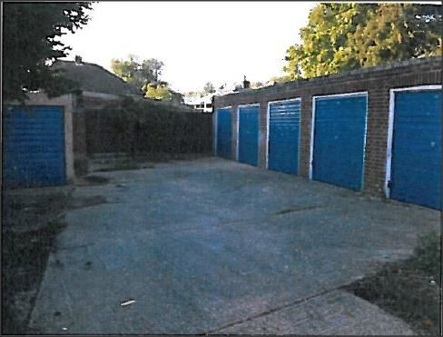 Light industrial to let in Fennels Road Garages, Fennels Road, High Wycombe