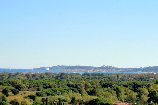 Thumbnail Villa for sale in Grimaud, St. Tropez, Grimaud Area, French Riviera