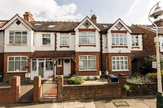 3 bed property for sale in Hereford Road, Ealing