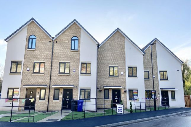 3 bed town house for sale in Plot 16, Fontana, The Embankment, Scholeys Wharf, Off Leach Lane, Mexborough S64
