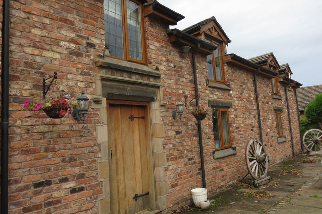 Thumbnail Barn conversion to rent in Dicklow Cob, Lower Withington, Macclesfield