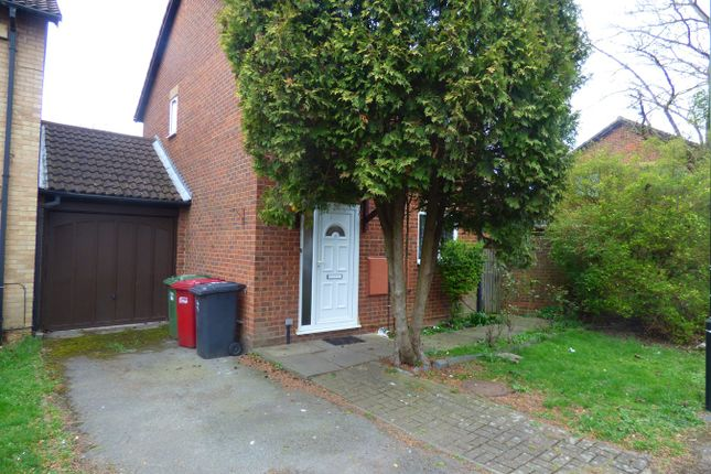Thumbnail Detached house to rent in Ruby Close, Slough