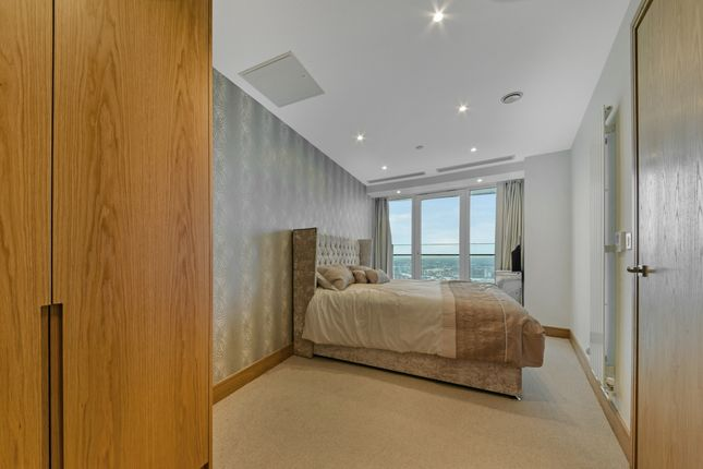 Bedroom of Arena Tower, Crossharbour Plaza, Isle Of Dogs E14