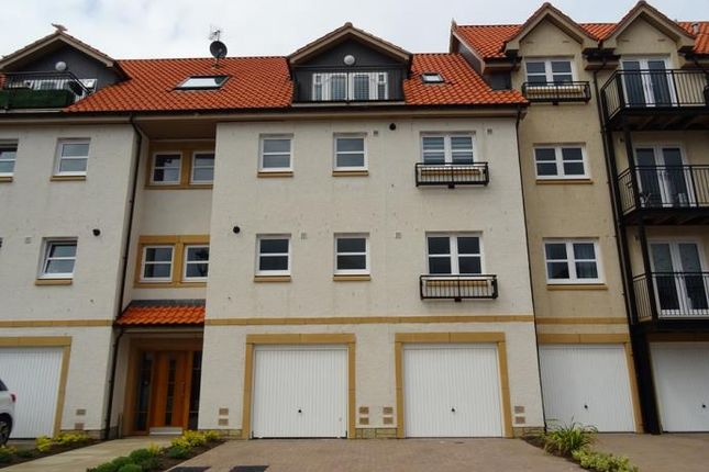 2 bedroom flat to rent in The Sycamores, Countess Crescent, Dunbar