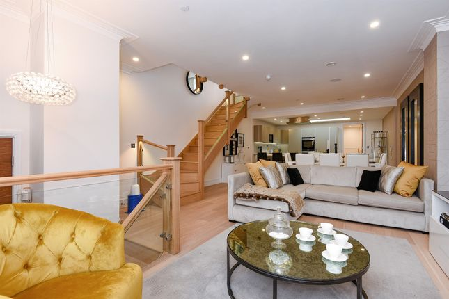 Thumbnail Town house for sale in Beavor Lane, Hammersmith, London