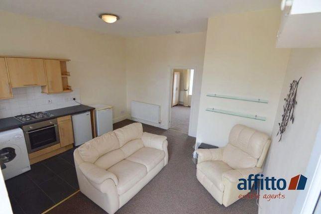 Thumbnail Flat to rent in Mungal Place, Mungal Head Road, Falkirk