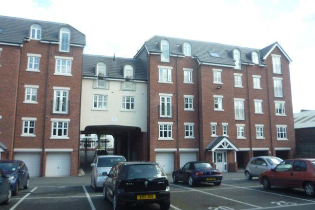 Thumbnail Flat to rent in Wilderspool Causeway, Warrington