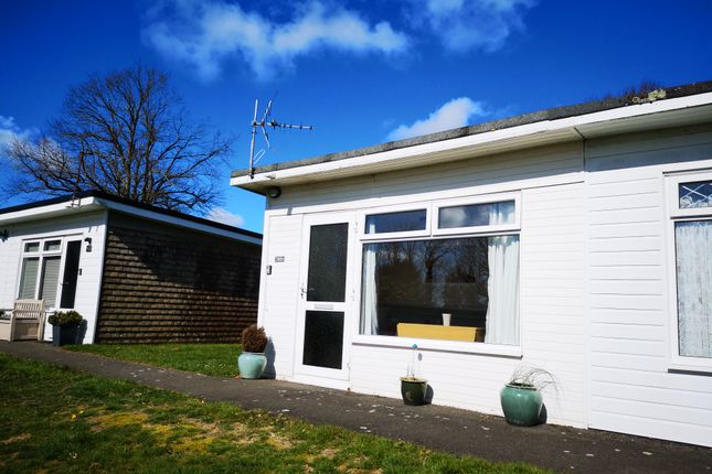 End Terrace Holiday Chalet