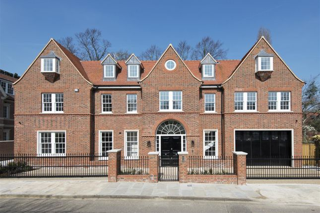 Thumbnail Detached house for sale in Canons Close, London