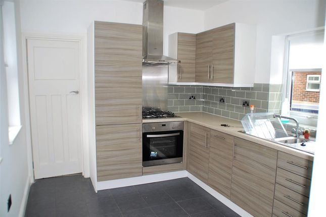 Thumbnail Detached house to rent in Main Road, Chattenden, Rochester