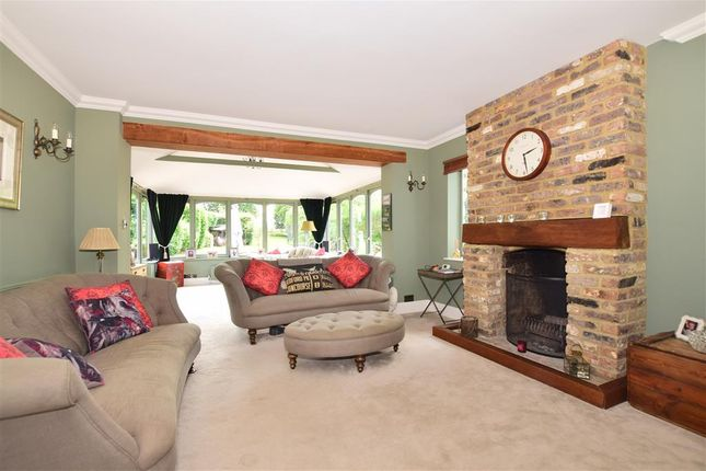 Lounge of Chapmans Hill, Meopham, Kent DA13