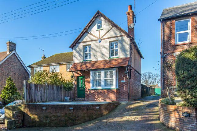 Thumbnail Detached house for sale in Four Elms Road, Edenbridge