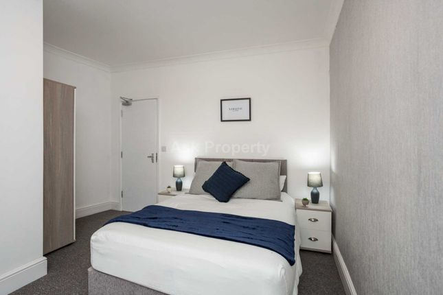 Room to rent in Russell Street, Sutton In Ashfield NG17