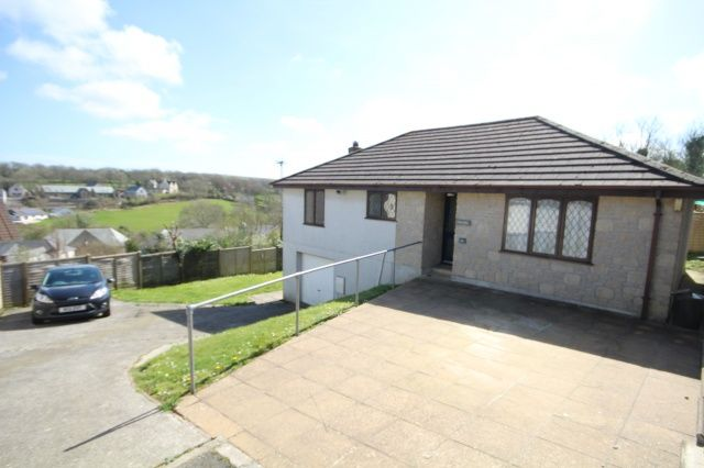 Thumbnail Bungalow for sale in Hillhead Gardens, Camelford