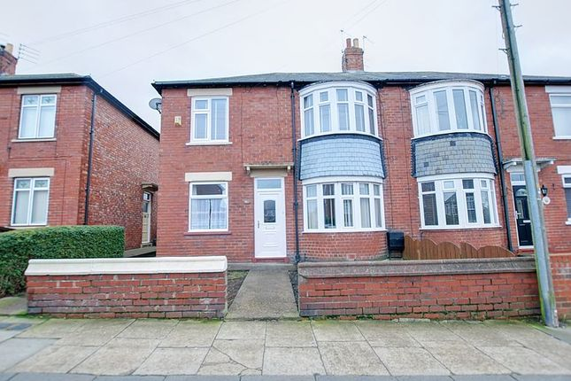 Thumbnail Flat for sale in Kingsway, Blyth