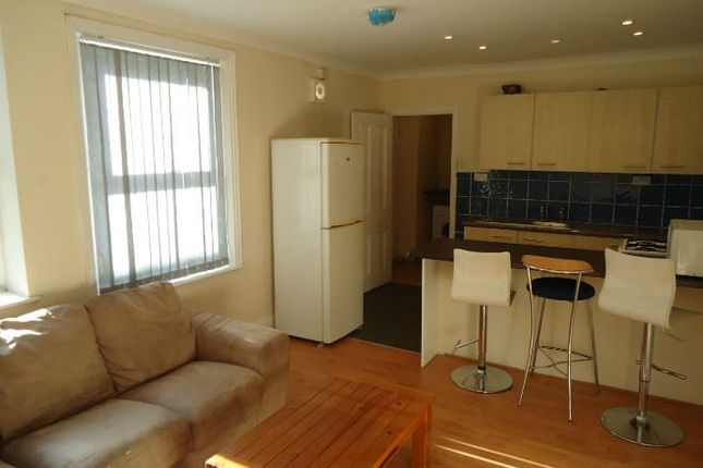 Thumbnail Shared accommodation to rent in Brighton Grove, Arthurs Hill, Newcastle Upon Tyne