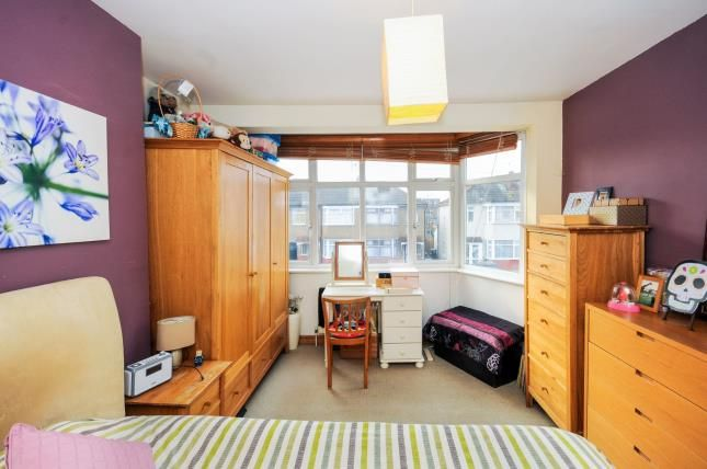 Bedroom 1 of Carisbrook Close, Enfield EN1