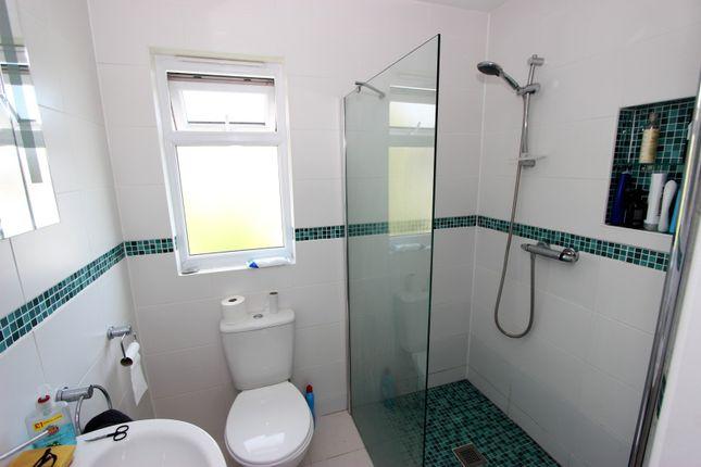 En-Suite of Campbell Road, Brighton BN1