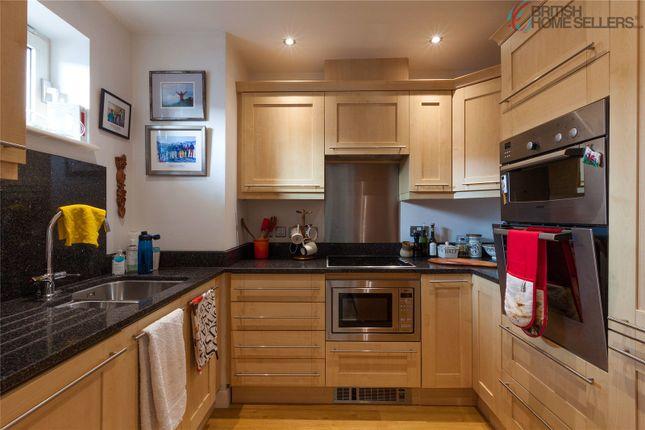 Thumbnail Flat for sale in Heol Y Brodyr Llwydion, Caerdydd, Greyfriars Road, Cardiff