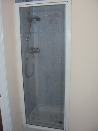 Ensuite Bathroom of Wallace Road, Colchester CO4